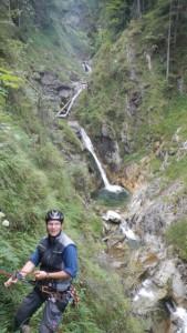 Kletterwald München Teammitglied Sven am Sichern