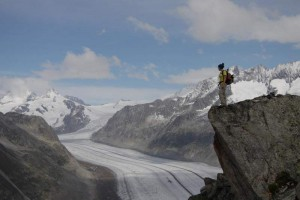 Kletterwald München Teammitglied Vicky am Fels unterwegs